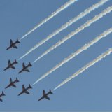 Aircraft - The Red Arrows (Hawk TI) - Diving in Missing Man Formation