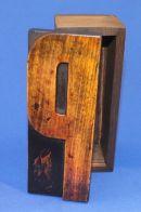P Box 032 17 x 7cm £45