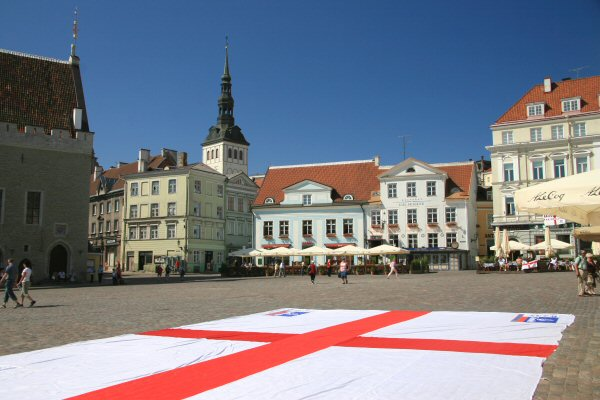 Tallinn main square and England flag