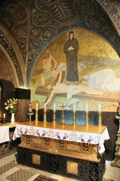 Church of the Holy Sepulchre, Station XI, site where Jesus was nailed to the cross