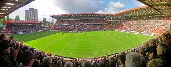Match 18 Charlton (0) v Brighton (4)