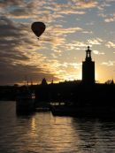 Stockholm ballon flight at dusk