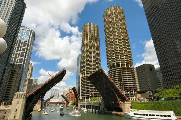 Chicago River and Marina Towers