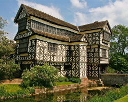 Little Moreton Hall 2404