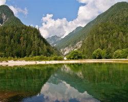 Lake Jasna, Slovenia 2616