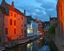 Bruges at night 8050