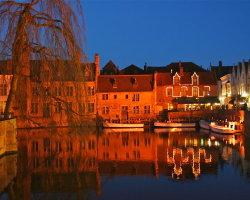 Bruges at night 8056